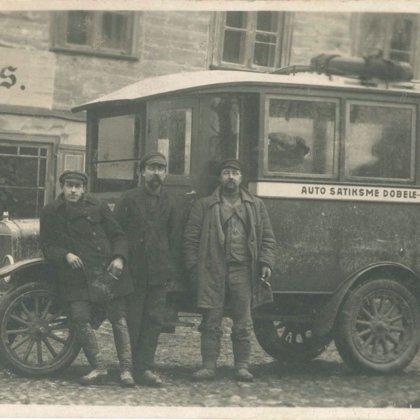 Sabiedriskais transports Dobelē. 20. gs. I puse.